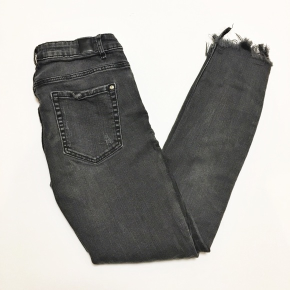 Zara Pants - Zara Trafaluc Black Frayed Hem Skinny Jeans